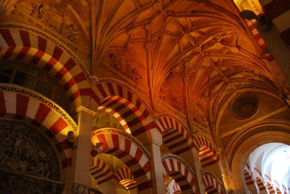 Gewölbe Mezquita Cordoba