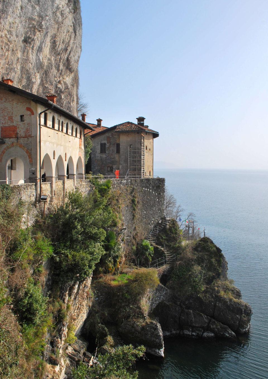 Santa Caterina del Sasso Kloster