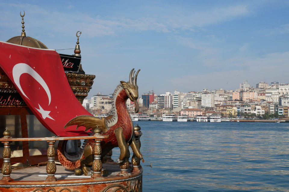 galata bridge boats