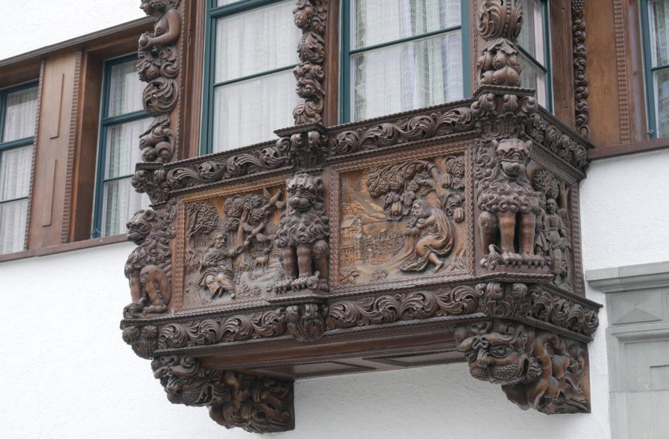 geschnitzer balkon st. gallen