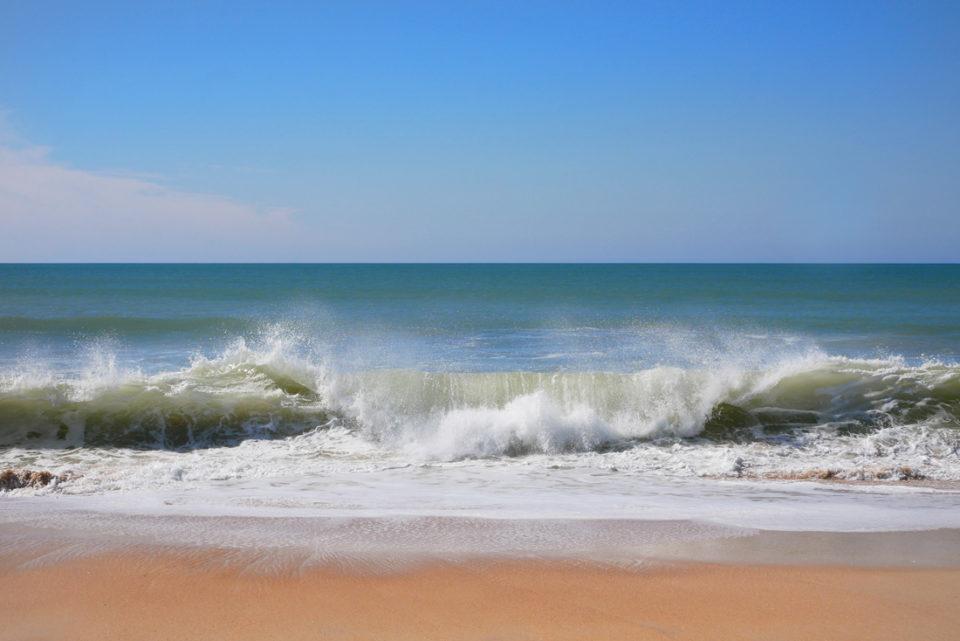 algarve praia de albandeira welle