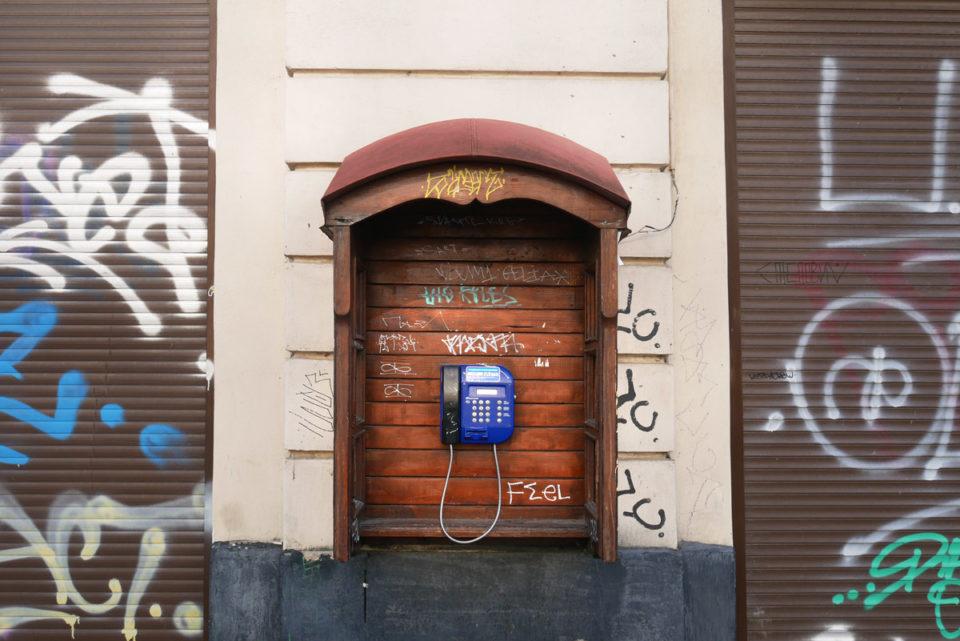 lwiw telefon öffentlich